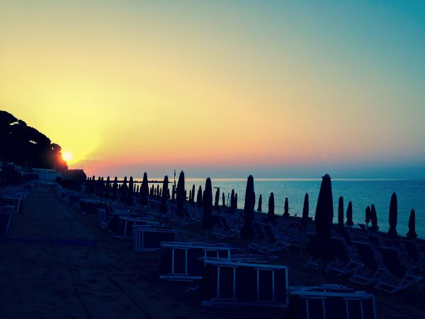 alba-ore-7-15-6-settembre-2014-celleligure-alba-cellelido-summer-italy-beach-sunrise-httpt-cougxv6ybhse
